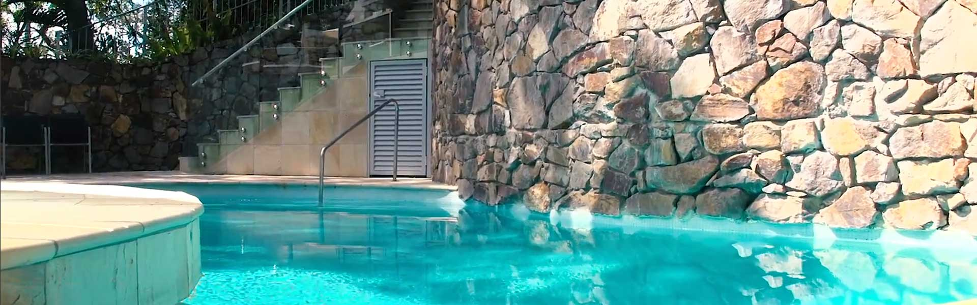 Pool Little Cove Court, noosa luxury accommodation