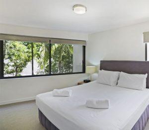 Bedroom-Little-Cove-Court-Apartment-10
