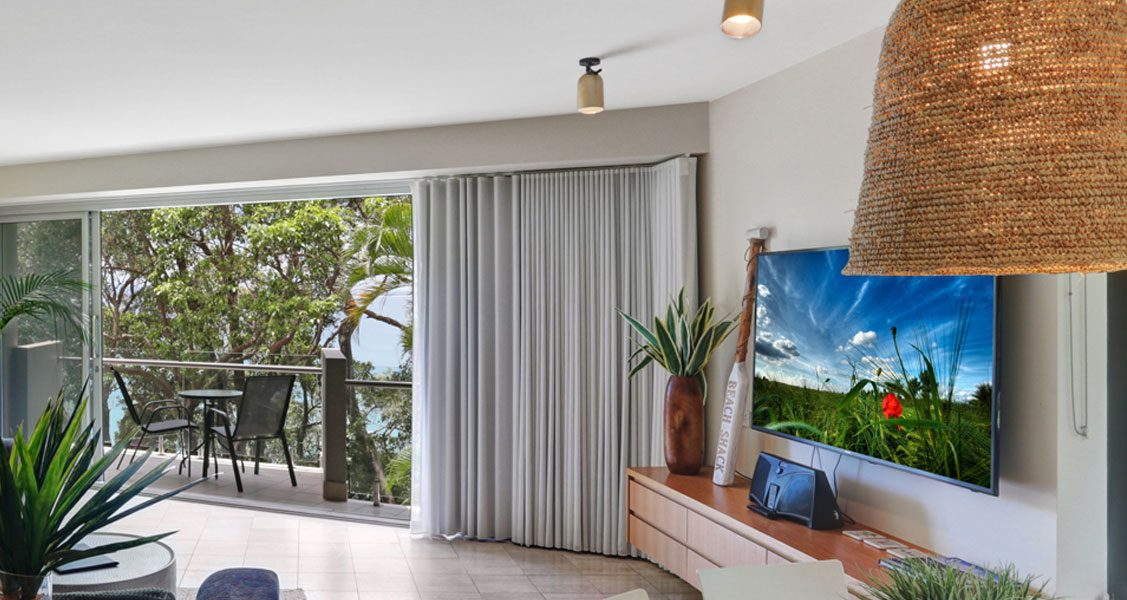 Little-Cove-Court-Apartment-11-Loungeroom4