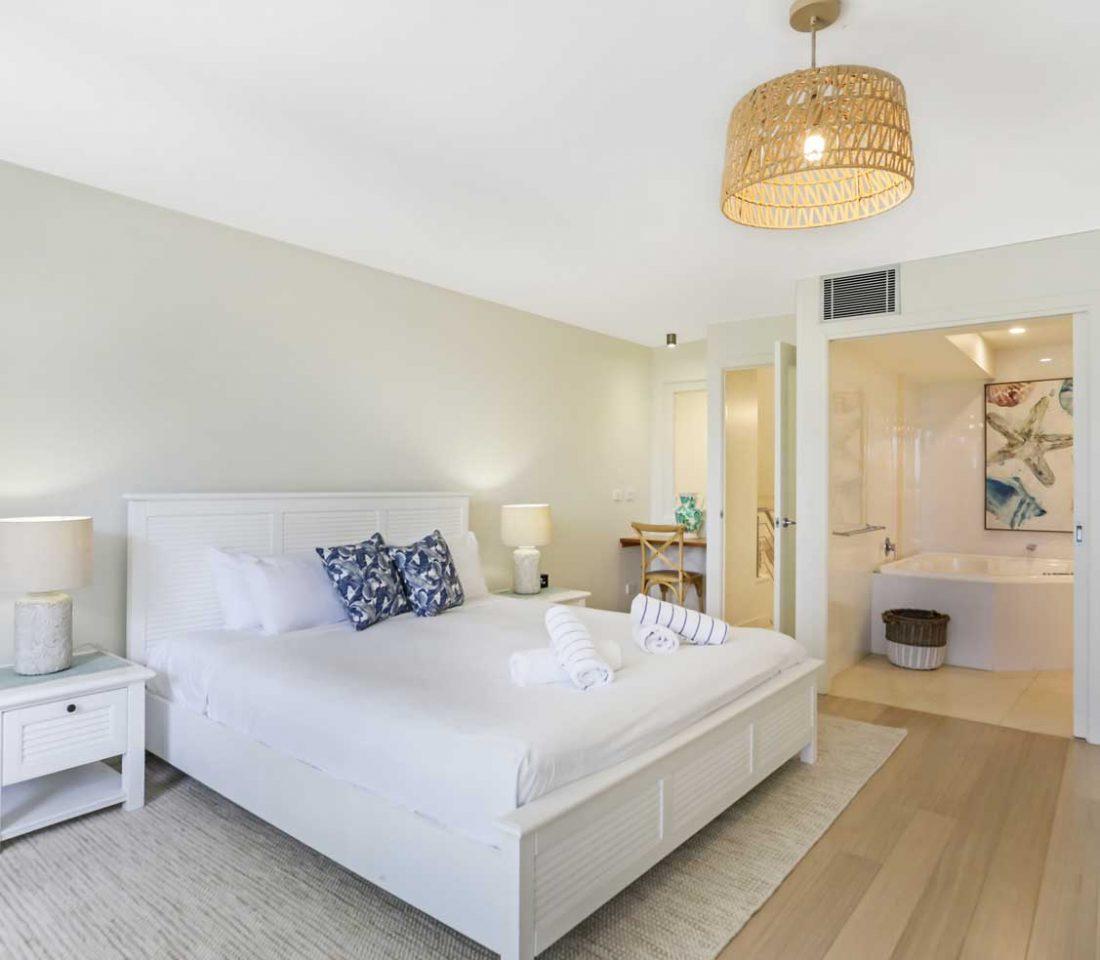 Little-Cove-Court-Apartment-4