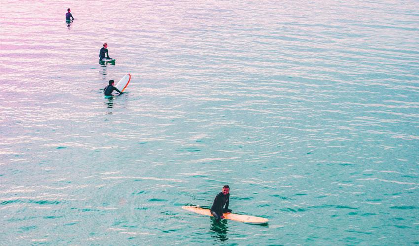 Noosa Surfing